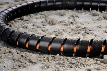 Strålande Vindkraftverk: kabeldragning och kabelföring | HellermannTyton GC-86